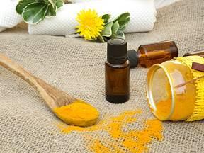 Esenciální olej si můžete snadno vyrobit i doma