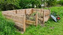 Kompostér pro velkou zahradu.