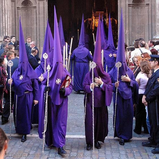 Sevillský velikonoční průvod