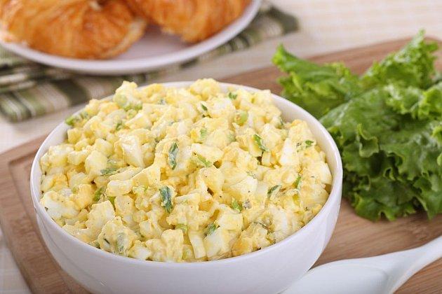vaječný salát, výživná delikatesa