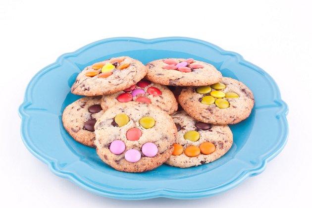 Lentilkové koláčky vykouzlí úsměv na dětské tváři.