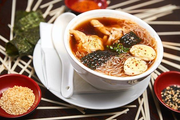 V japonských pokrmech má svůj původ