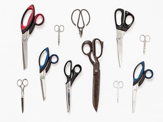Nůžky - různé velikosti a využití.