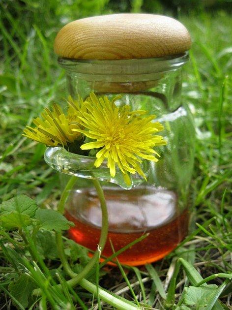 Tzv. pampeliškový med.