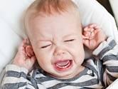 Zánět středního ucha postihuje hlavně děti do tří let.