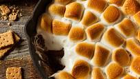 V pekáči zvládnete i dezerty.