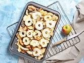 Jablka a další ovoce se dají jednoduše konzervovat sušením.