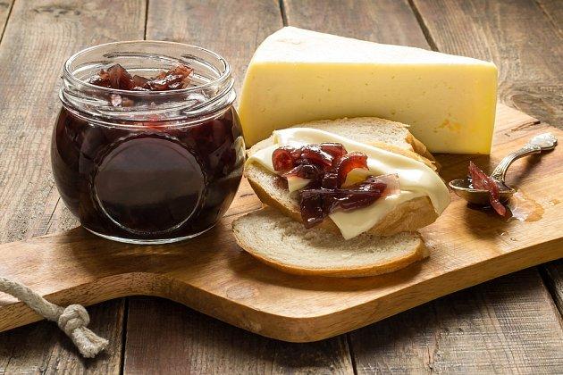 Cibuláda skvěle doplní sýry