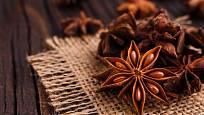 Tvar hvězdy najdeme i u oblíbeného vánočního koření - badyánu.