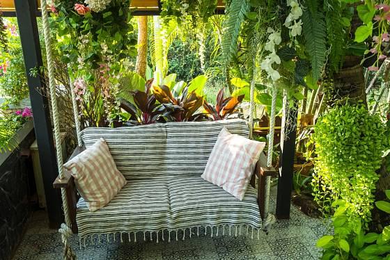Pohodlné posezení v zahradě