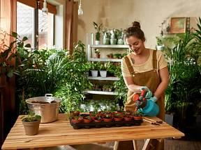 Droždí slouží nejen k pečení. Lze si z něj i doma jednoduše vyrobit hnojivo