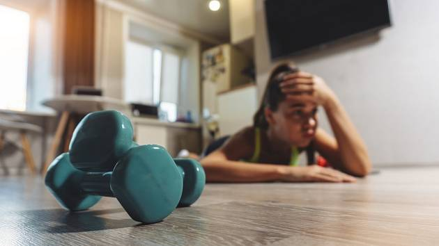 Cvičení doma vyžaduje disciplinu a vůli