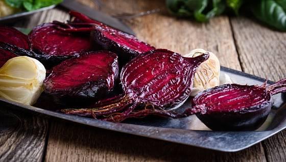 pečená červená řepa je lahodná, dietní a zdravá