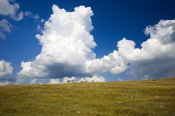 Cumulus se tvoří za hezkého počasí