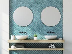 Lepení zrcadel nemusí být problém.