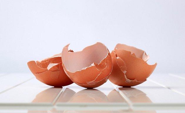 Vaječné skořápky nevyhazujte, skvěle poslouží na zahradě