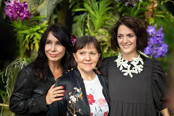 Herečky Nela Boudová, Lenka Termerová a Klára Issová - patronky letošní výstavy orchidejí.