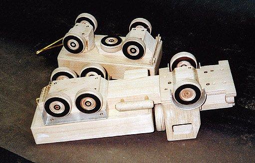 dřevěný náklaďák