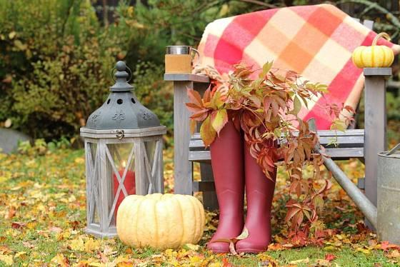 Když se ochladí, stačí se zabalit do deky a podzim na zahradě můžete vychutnávat dál