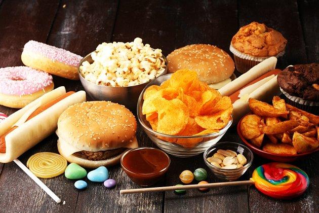 Pokuste se omezit konzumaci nezdravých potravin