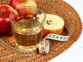 Jablečný ocet pomůže s redukcí hmotnosti