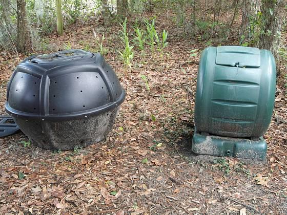 koulecí kompostér