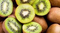 Kiwi je chutné a zdravé ovoce. U někoho ale může vyvolat alergii.