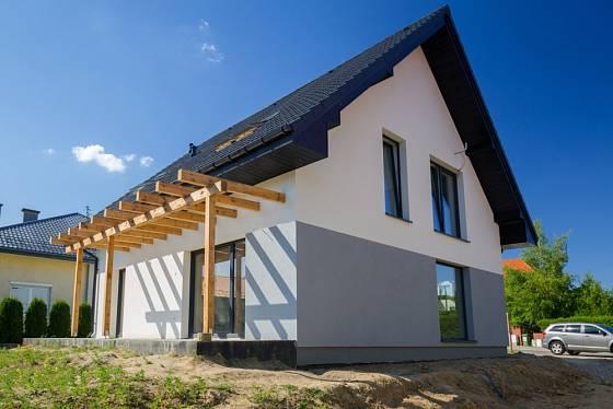 Ideální je, pokud s pergolou počítáme již při stavbě domu.