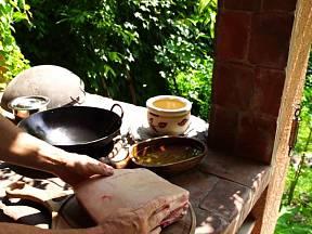 V otevřené venkovní kuchyni si léto skutečně vychutnáme