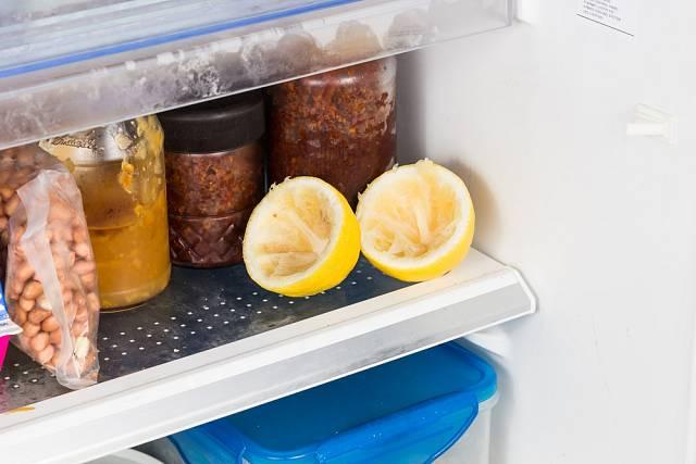 Zbytek citrónu poslouží v boji proti zápachu