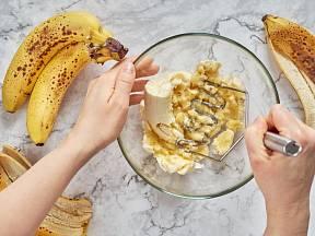 Zužitkujte přezrálé banány. Na pečení jsou jedinečné.