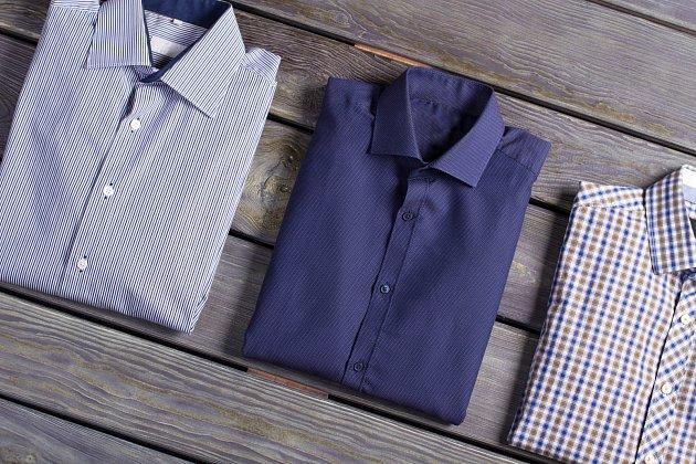 Košile jsou náročné na údržbu a na jejich sušení záleží.