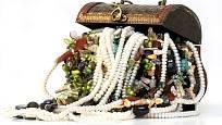 Nejhorší varianta skladování šperků.