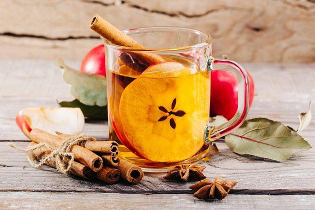 Skořice výtečně doplní ovocné čaje
