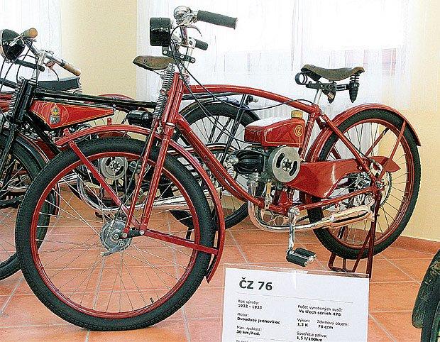 Motokolo ČZ 76 vyráběné od roku 1932 mělo maximální rychlost 30 km/hod. a spotřebu paliva 1,5 l/100