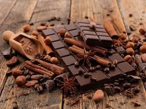 Samotný název čokoláda pochází z aztéckého výrazu xocolātl, který znamená hořké pití.