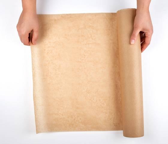 Pro výrobu použijte obyčejný balicí papír