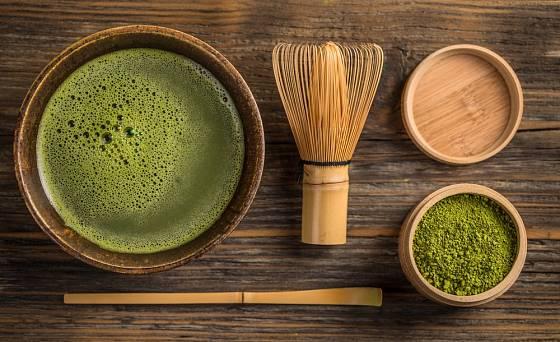 Mačča je japonský mletý čaj zpravidla vytvořený ze speciálního zeleného čaje.