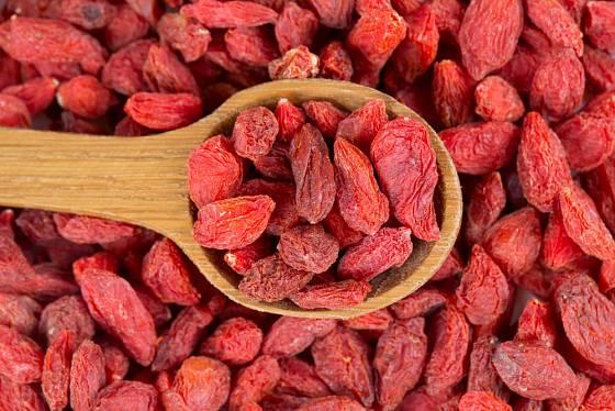 Sušené plody goji se přidávají do jogurtů, musli, sladkého pečiva nebo ovocných koktejlů, mohou se ale konzumovat i samotné.