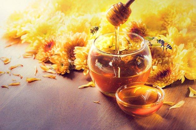 Med je lahodný a tělu prospívá