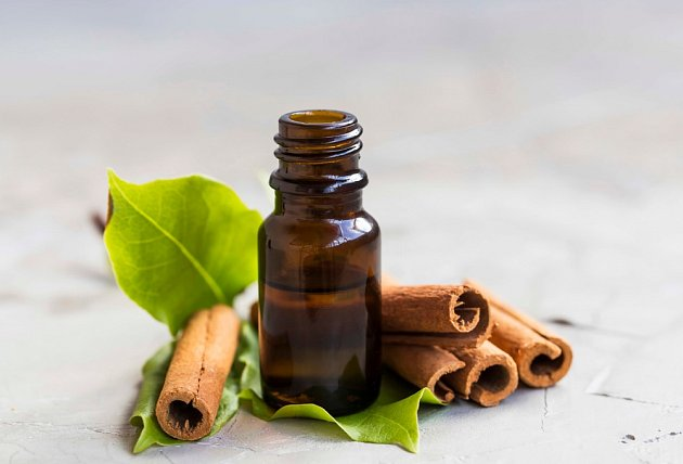 Éterický olej ze skořice prohřívá a podporuje činnost srdce