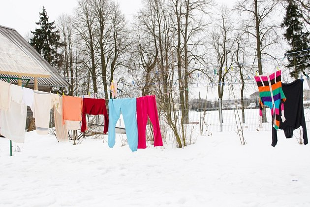 Dnů, kdy můžeme v zimě sušit prádlo venku, není mnoho.