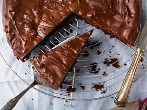 Čokoládový dort je velmi oblíbený