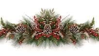 Vánoční girlanda z chvojí, šišek a červených bobulí.