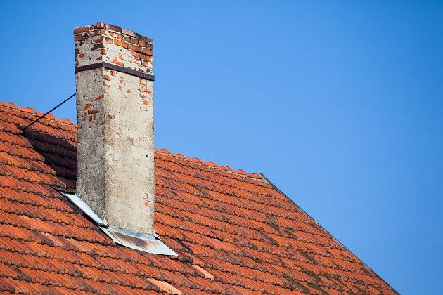 Vyčištění komína sníží riziko požáru