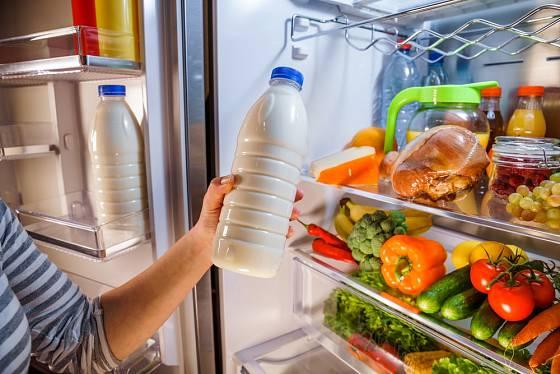 Datum spotřeby je uvedeno na potravinách, které velmi rychle podléhají zkáze