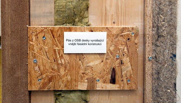 Vynášecí OSB deska v konstrukci lehké dřevostavby