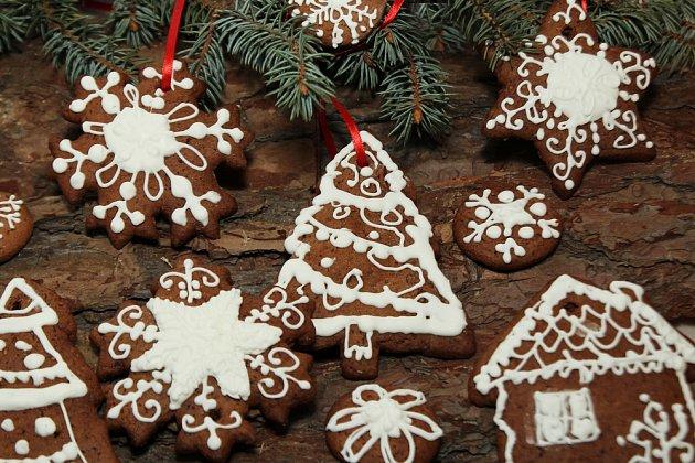 Perníčky mohou ozdobit i vánoční stromek