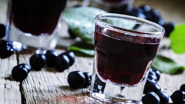 aroniové víno