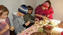 Výroba hraček z brambor.